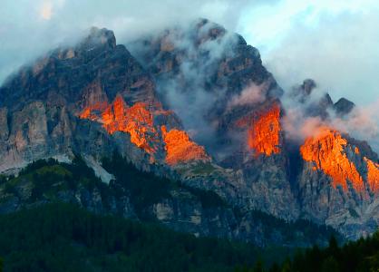 2018 Dolomiten - Schroffe Gipfel und ein grandioser Rundblick